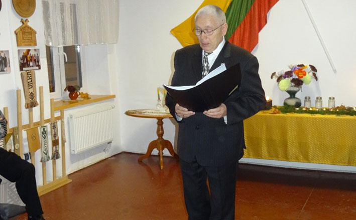 Eilėraštį skaito Juozas Vaznelis