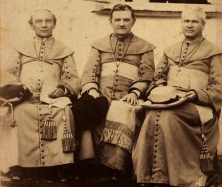 Žemaičių vyskupai M.L. Paliulionis, K.Beresnevičius, A. Baranauskas, rūpinęsi lietuviškos spaudos atgavimu. Nuotrauka iš Kauno arkivyskupijos kurijos archyvo.